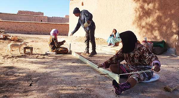 Montage de la chaine du premier tapis Dar Arbalou